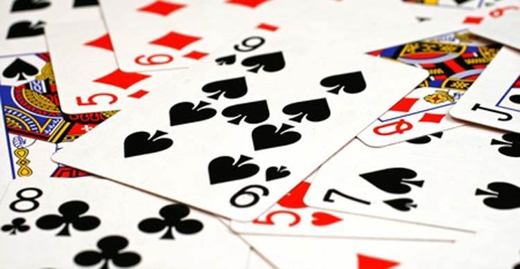 Kartenspiel als Spielkartenhaufen